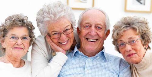 Apa itu Penyakit Parkinson? menderita gejala tersebut