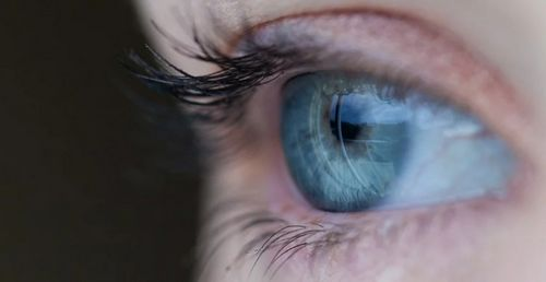 Penyebab Masalah Rosacea dan Mata mereka mungkin mengalami pertumbuhan atipikal